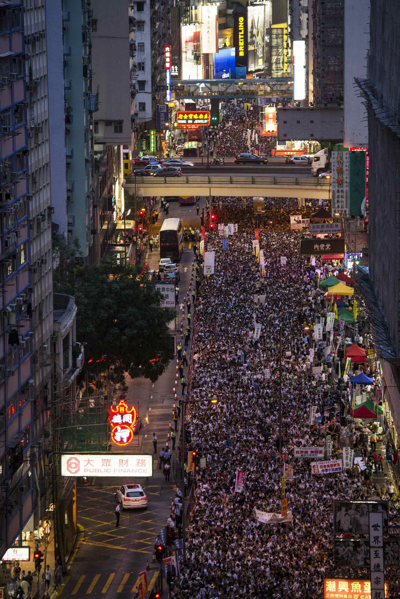Hong Kong say NO to Communism, Thousands march for democracy
