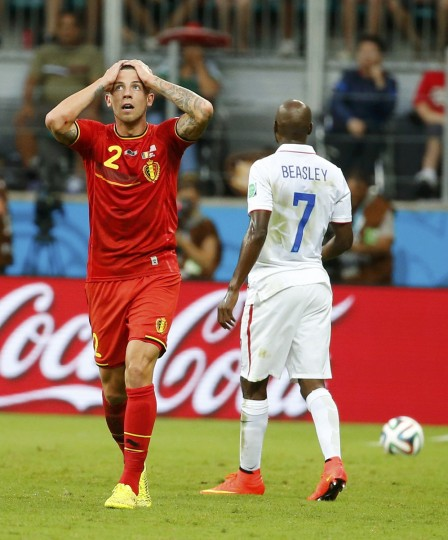 Belgium's Toby Alderweireld reacts after missing a scoring opportunity near DaMarcus Beasley of the U.S. during their 2014 World Cup round of 16 game at the Fonte Nova arena in Salvador July 1, 2014. (Yves Herman/Reuters)
