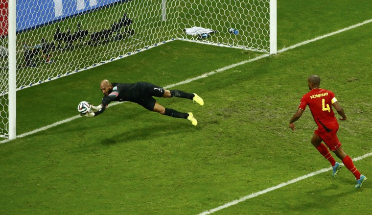 Goalkeeper Tim Howard of the U.S. saves a shot during their 2014 World Cup round of 16 game against Belgium at the Fonte Nova arena in Salvador July 1, 2014. (Ruben Sprich/Reuters)
