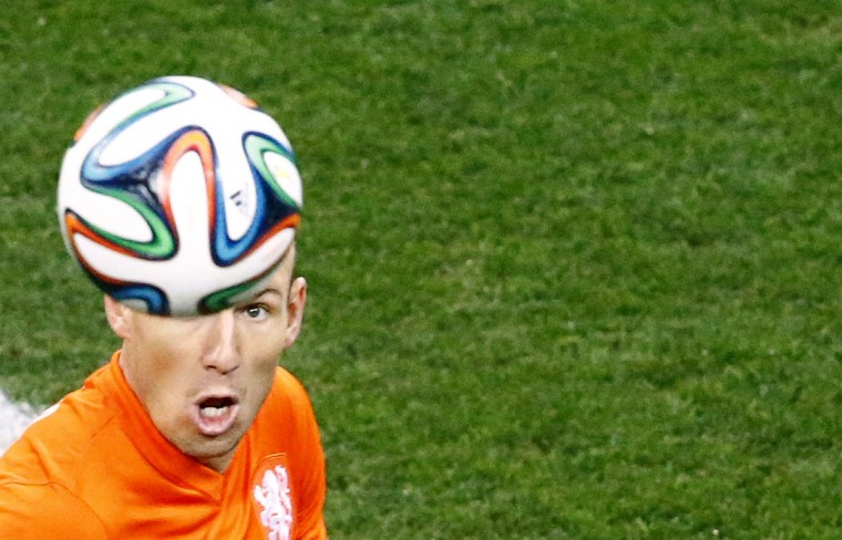 Arjen Robben of the Netherlands prepares to head the ball during the 2014 World Cup semi-finals between Argentina and the Netherlands at the Corinthians arena in Sao Paulo July 9, 2014. (Ricardo Moraes/Reuters)