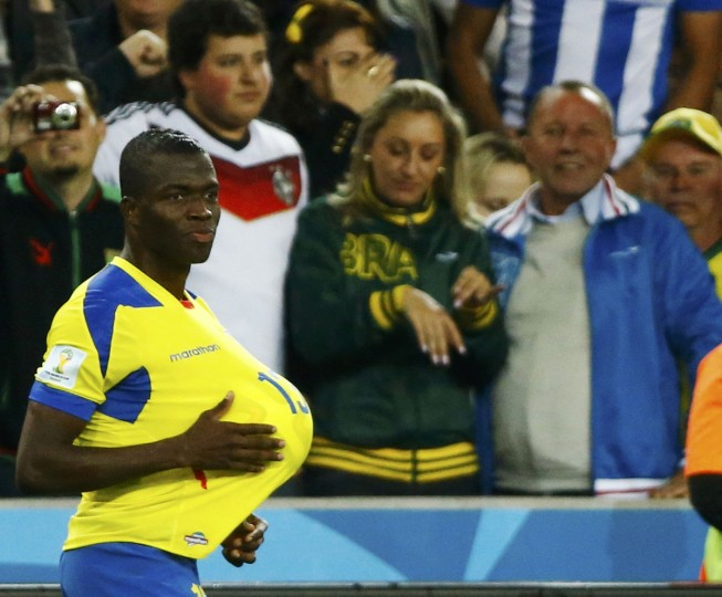 Ecuador's Enner Valencia celebrates after scoring a goal during their 2014 World Cup Group E soccer match against Honduras at the Baixada arena in Curitiba. (REUTERS/Stefano Rellandini)