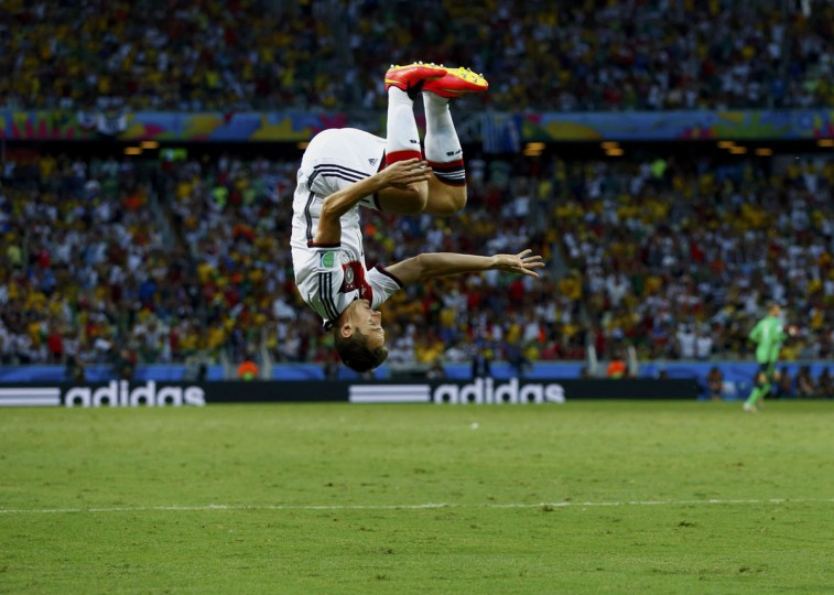Germany's Miroslav Klose celebrates after scoring against Ghana during their 2014 World Cup Group G soccer match at the Castelao arena in Fortaleza. (REUTERS/Eddie Keogh)