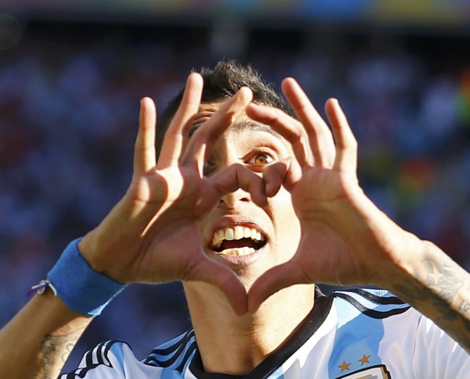 Argentina's Angel Di Maria celebrates scoring against Switzerland during extra time in their 2014 World Cup round of 16 game at the Corinthians arena in Sao Paulo. (REUTERS/Ivan Alvarado)