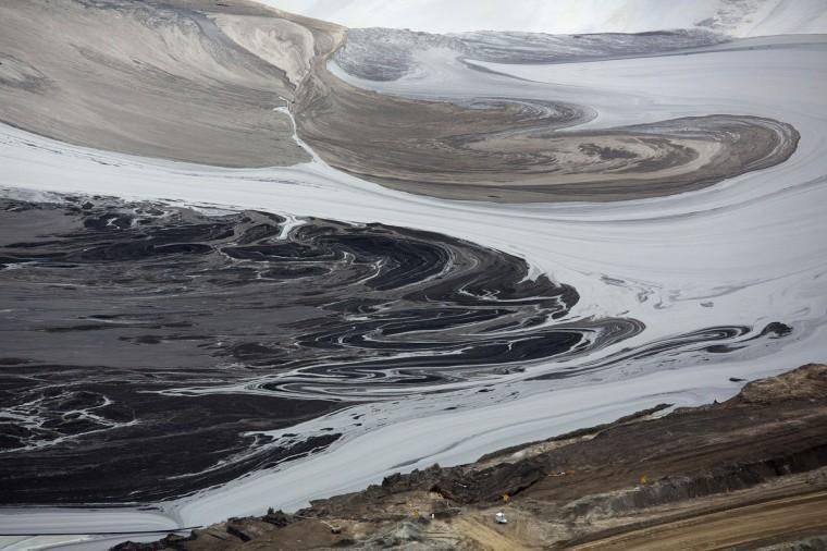 Oil sands for Pond companies near me