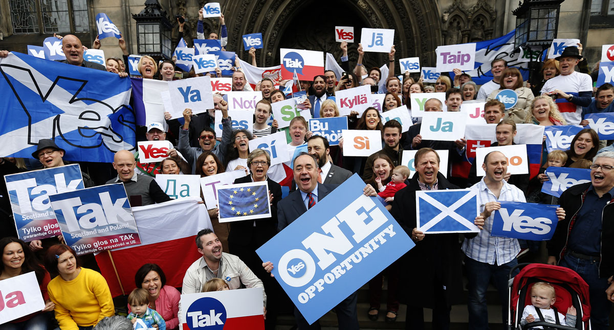 Scotland voters reject independence, stay with UK