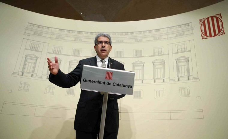 Catalonia's regional spokesperson Francesc Homs attends a news conference at Palau de la Generalitat in Barcelona October 3.  The leader of Catalonia has set up a panel to supervise a contested independence referendum next month.  || PHOTO CREDIT: ALBERT GEA  - REUTERS