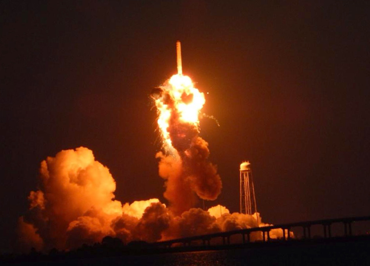 nasa rocket explodes on launch - photo #28