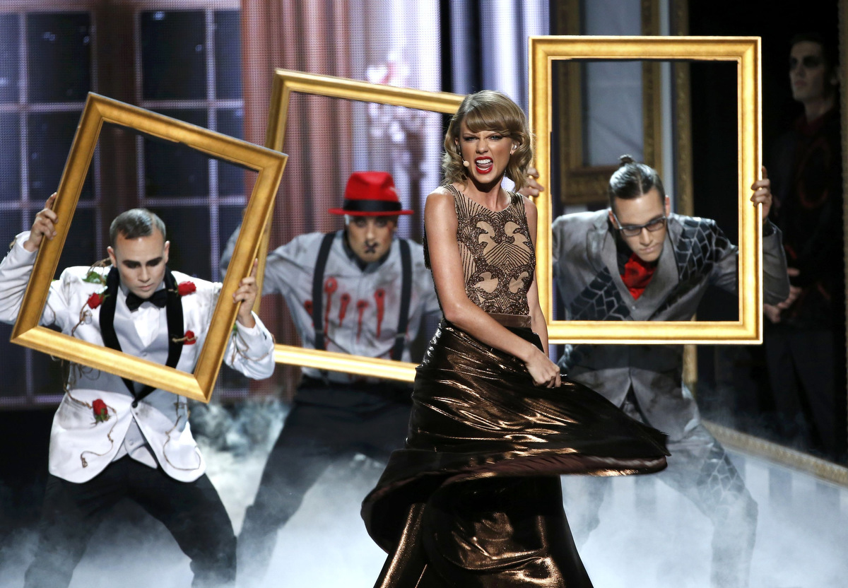 Taylor Swift, 5 Second of Summer, Iggy Azalea and Imagine Dragons at the 42nd American Music Awards