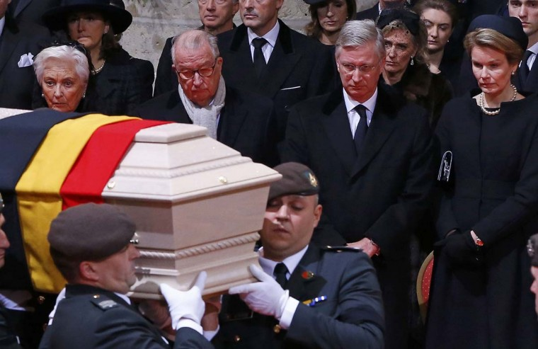 Belgium's King Philippe (2nd,R), Queen Mathilde (R), Queen Paola (L) and King Albert attend a funeral service for Belgium's Queen Fabiola at Saint-Gudule cathedral in Brussels December 12. Belgium's Queen Fabiola, widow of King Baudouin and queen between 1960 and 1993, died last Friday at the age of 86.           || PHOTO CREDIT: YVES HERMAN  - REUTERS