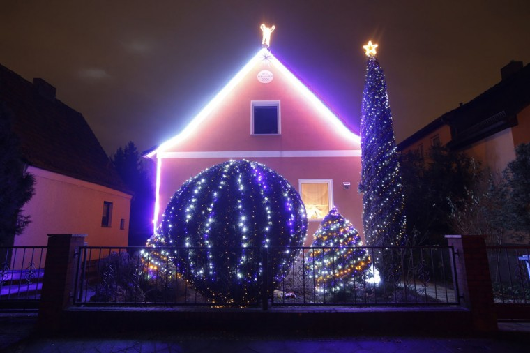 "A general view shows a so-called ""Lichterhaus"" (light house) with Christmas decorations and lights in Berlin, December 10, 2014. Every year hundreds of houses across Germany are decorated by their owners with lights ahead of Christmas. (Fabrizio Bensch/Reuters)"