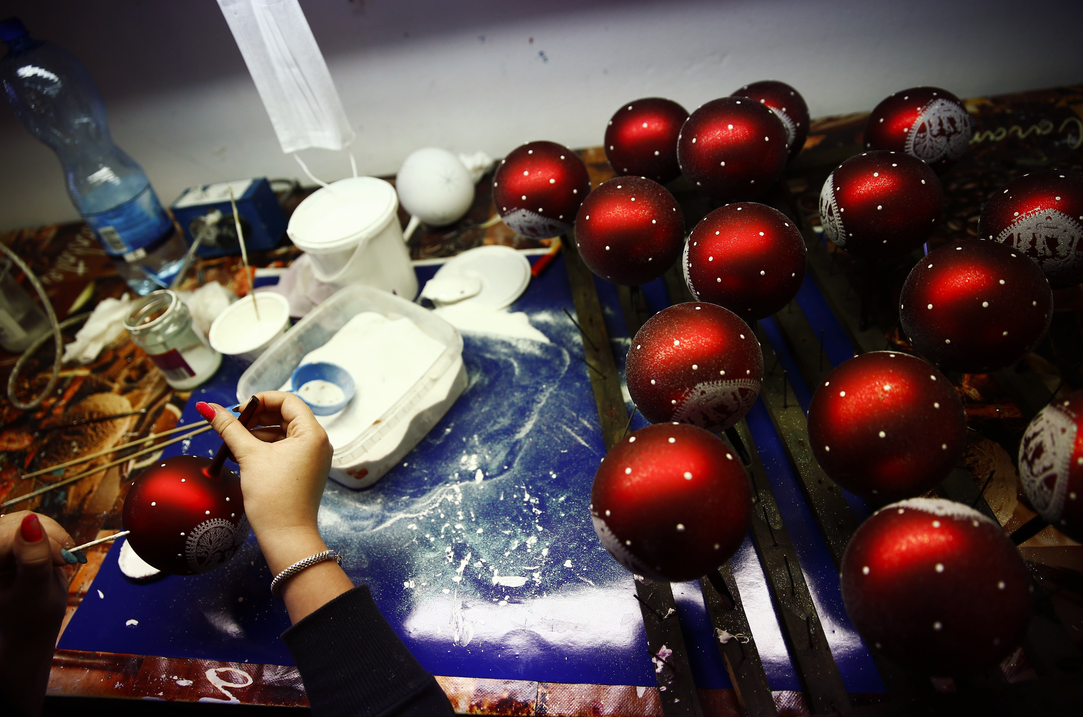 Hand blown polish christmas ornaments for Outside christmas baubles