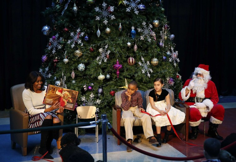 "U.S. first lady Obama reads ""Twas the Night Before ..."