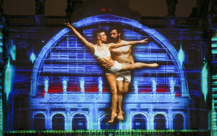 """View of """"Lyon, Terre aux lumieres"""" installation by artists Gilbert Coudene and Etienne Guiol during the rehearsal for the Festival of Lights in central Lyon late in the night December 4, 2014. (REUTERS/Robert Pratta)"""