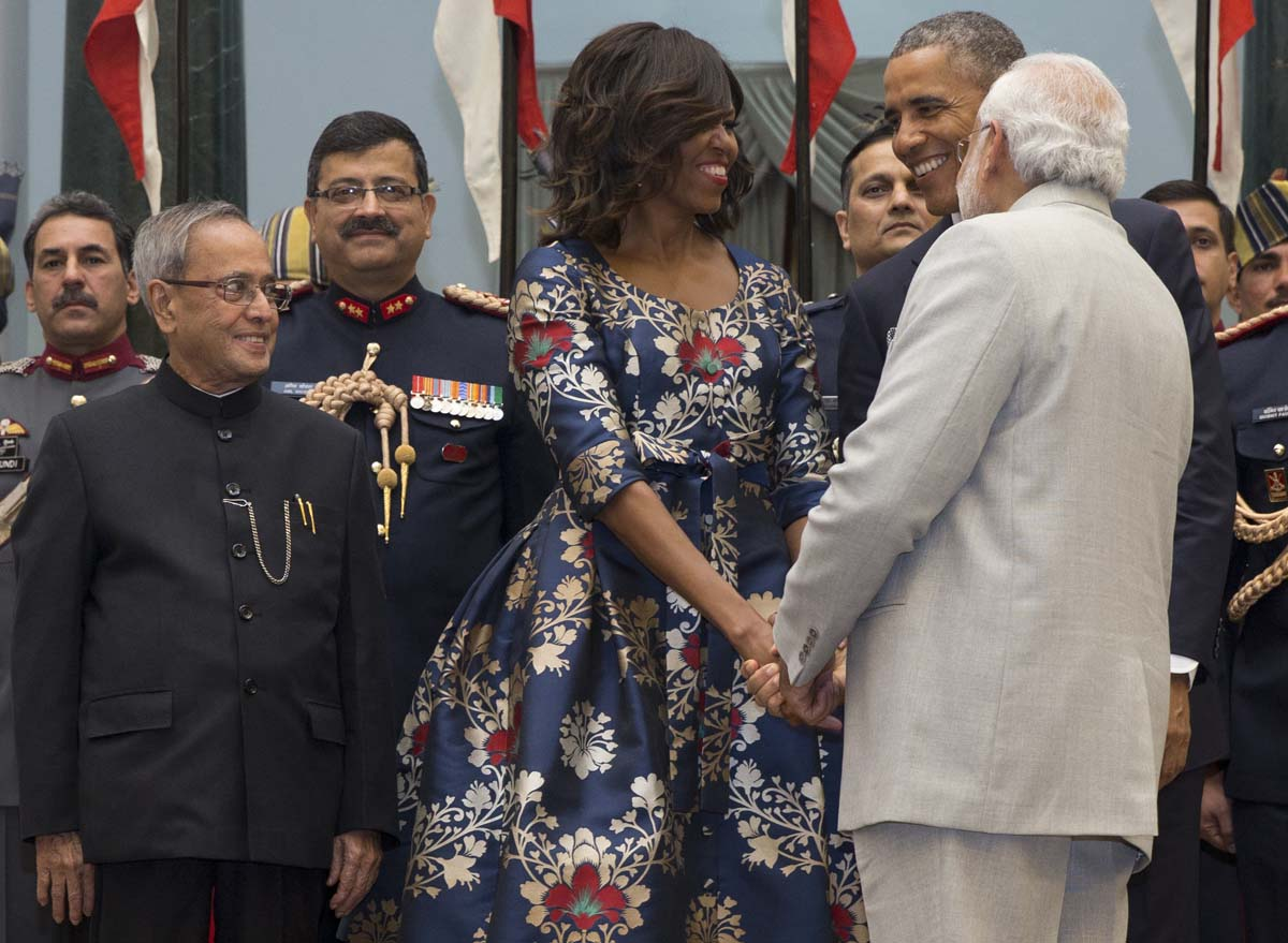 Seal selfie, ice church, Obamas in New Dehli | Jan 29