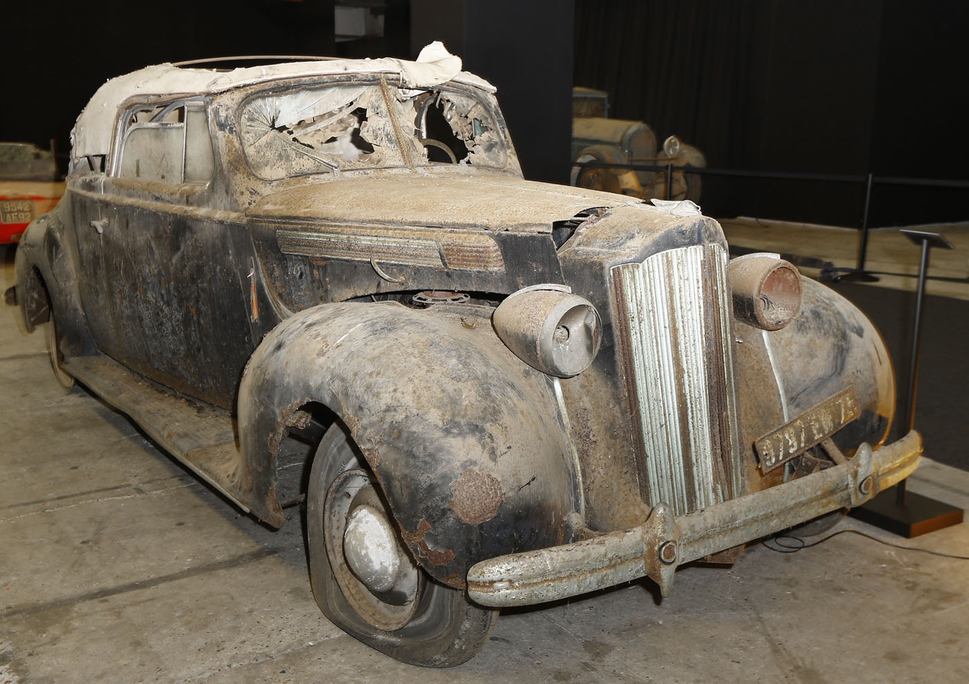 retromobile trove of classic cars discovered after 50. Black Bedroom Furniture Sets. Home Design Ideas