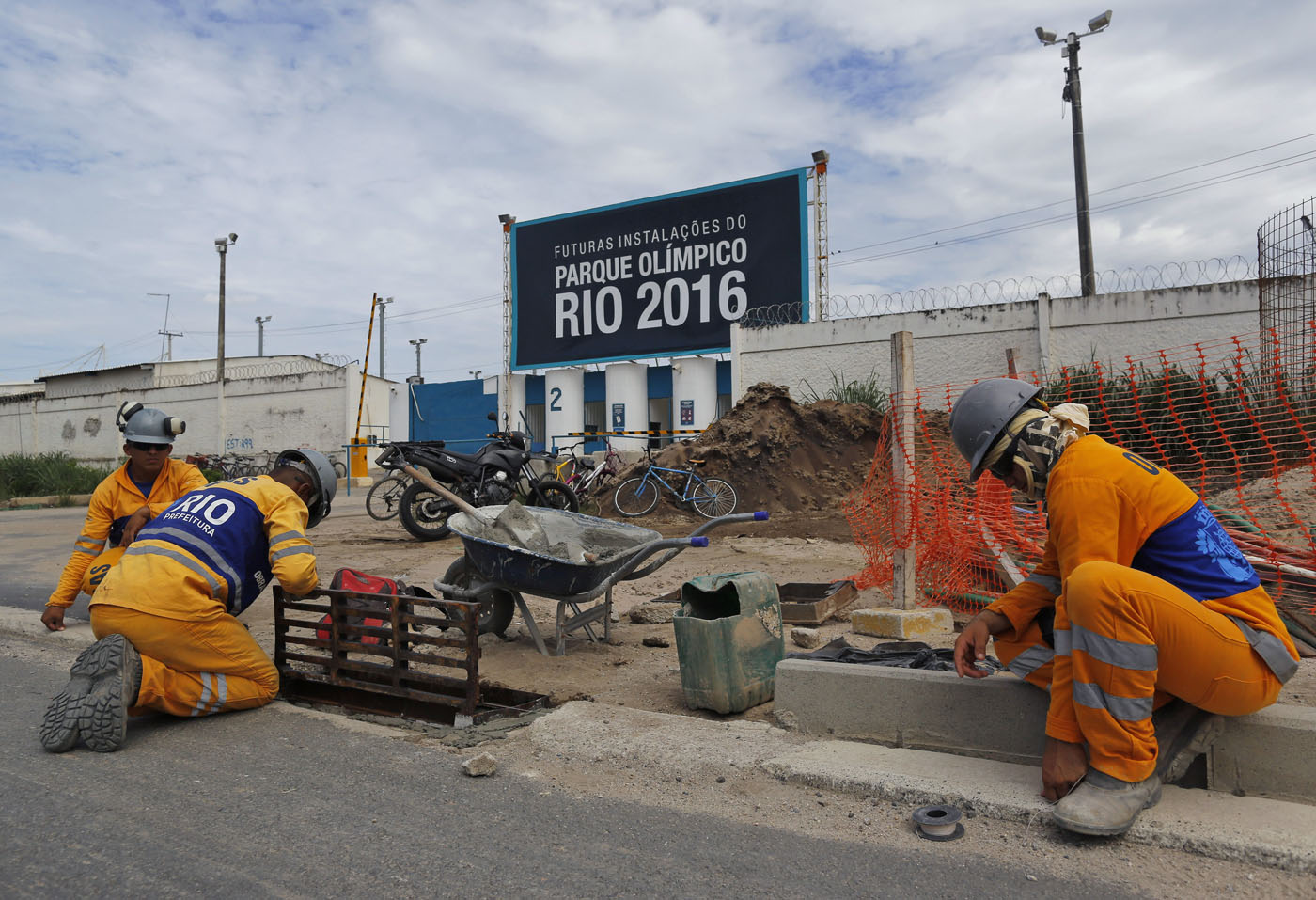 rio 2016 building an olympic village
