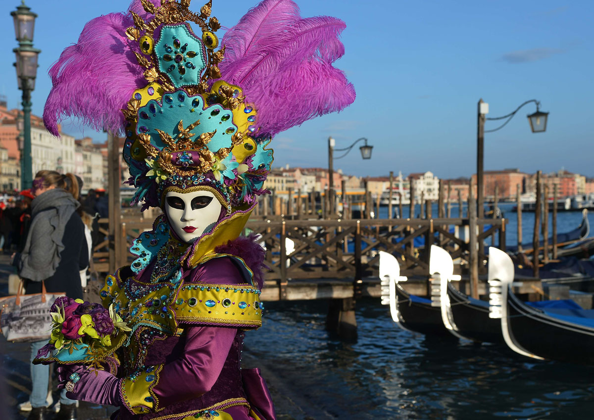 Venice carnival the world s most delicious festival - Mascaras de carnaval de venecia ...