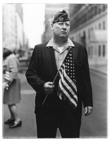 Veteran with a flag, N.Y.C. 1971 (Diane Arbus)