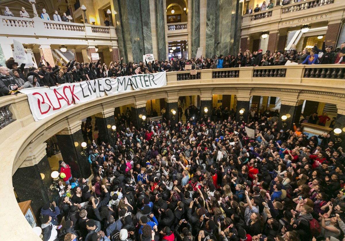 Protests over racism in Wisconsin and Oklahoma, Paris Fashion Week, Apple Watch presentation | March 9