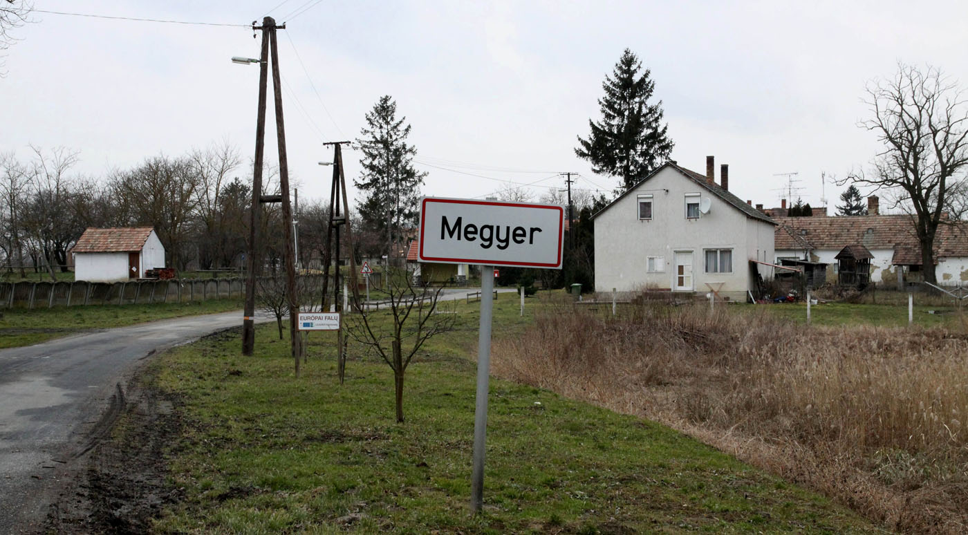 For rent: One Hungarian village, and a mayoral title