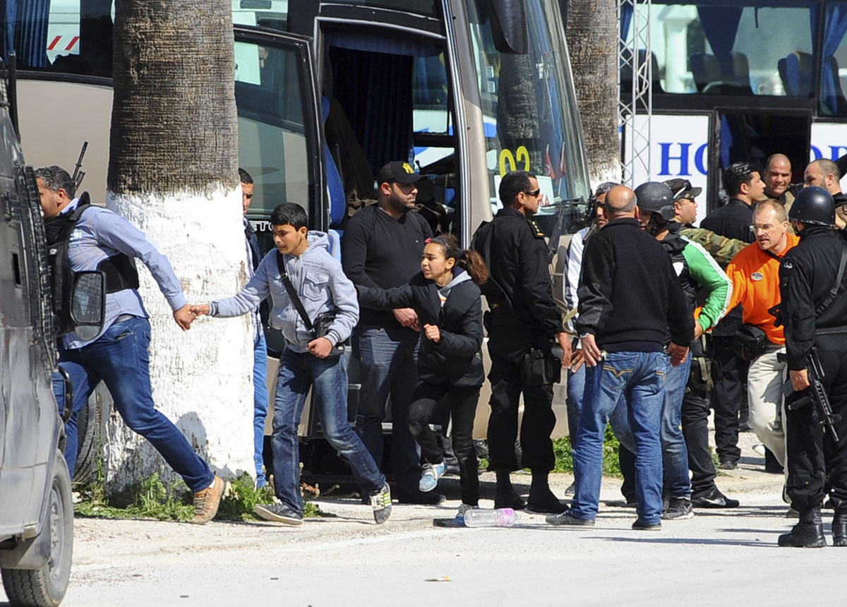 Islamic State claims responsibility for Tunisia museum attack