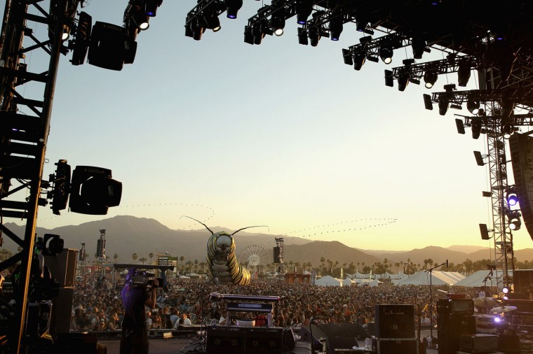 A view of the crowd during the Alabama Shakes performance on day 1 of the 2015 Coachella Valley Music And Arts Festival (Weekend 2) at The Empire Polo Club on April 17, 2015 in Indio, California. (Photo by Karl Walter/Getty Images for Coachella)