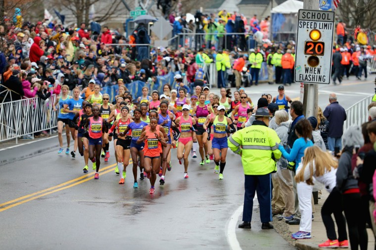 The Elite Women, led by Mare Dibaba of Ethiopia, begin the 119th Boston Marathon on April 20, 2015 in Hopkinton, Massachusetts. (Photo by Maddie Meyer/Getty Images)