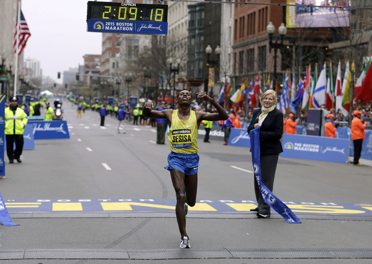 ... Boston Marathon, Monday, April 20, 2015, in Boston. (AP Photo/Charles