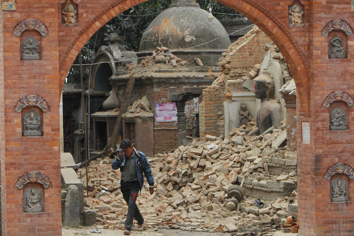 Nepal in ruins, thousands dead after 7.8 magnitude earthquake