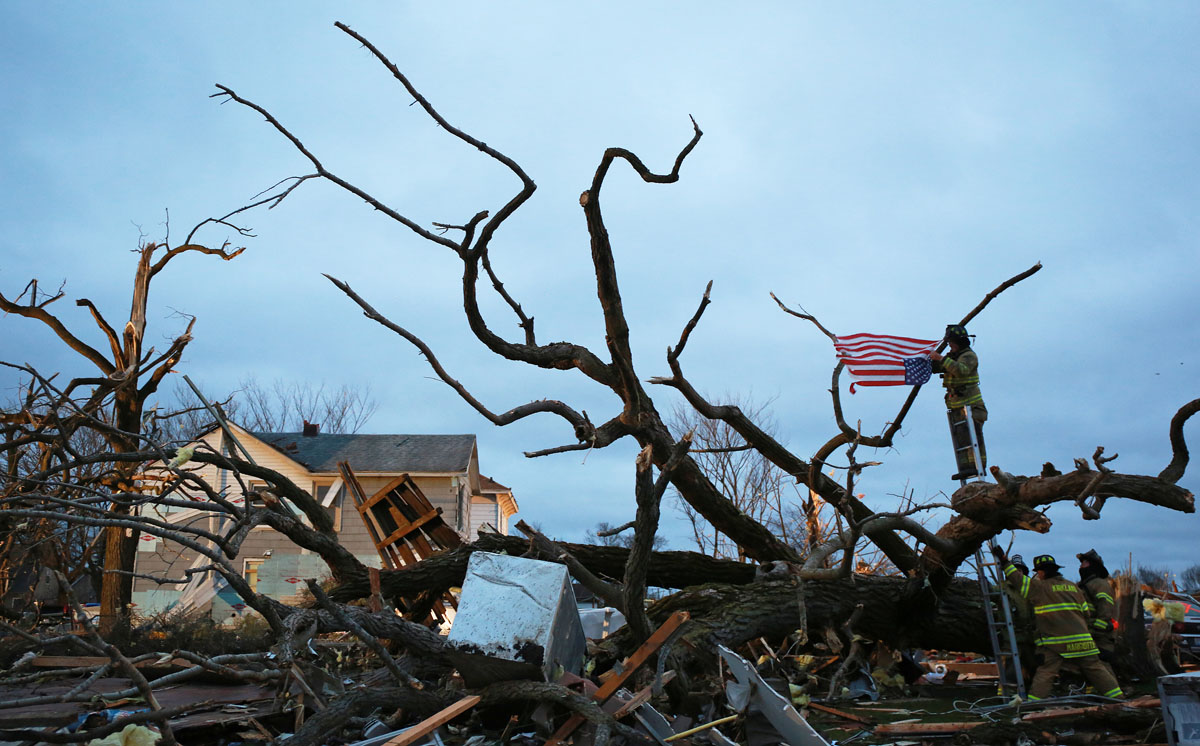 Tornadoes rip through Northern Illinois