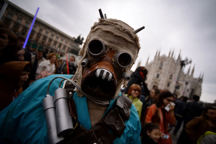 "A cosplayer dressed as a ""Star Wars"" Tusken attends a Star Wars Day event in Milan on May 3, 2015. (AFP Photo/Filippo Monteforte)"