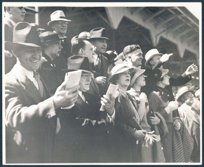 The crowd at Preakness in 1935. (Baltimore Sun archives)