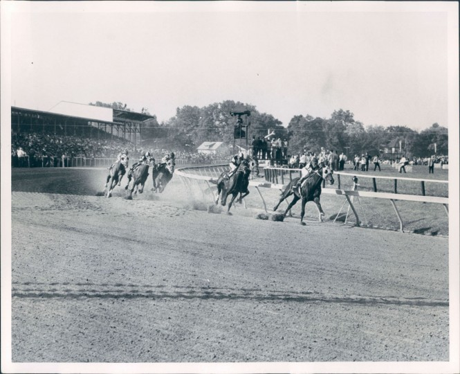 The first turn in the 1973 Preakness Stakes. Secretariat is pictured. (William H. Mortimer/Baltimore Sun)