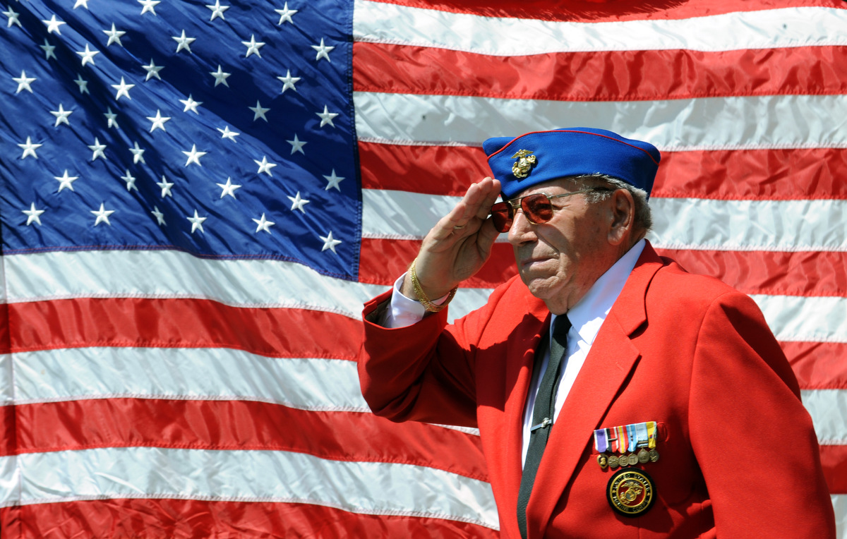 Memorial Day 2015: Honoring veterans across the U.S.