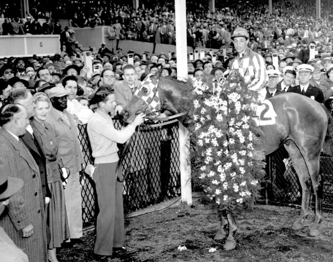 Hill Prince and Eddie Arcaro in the winner's circle at Preakness in 1950. (Edward Nolan/Baltimore Sun)