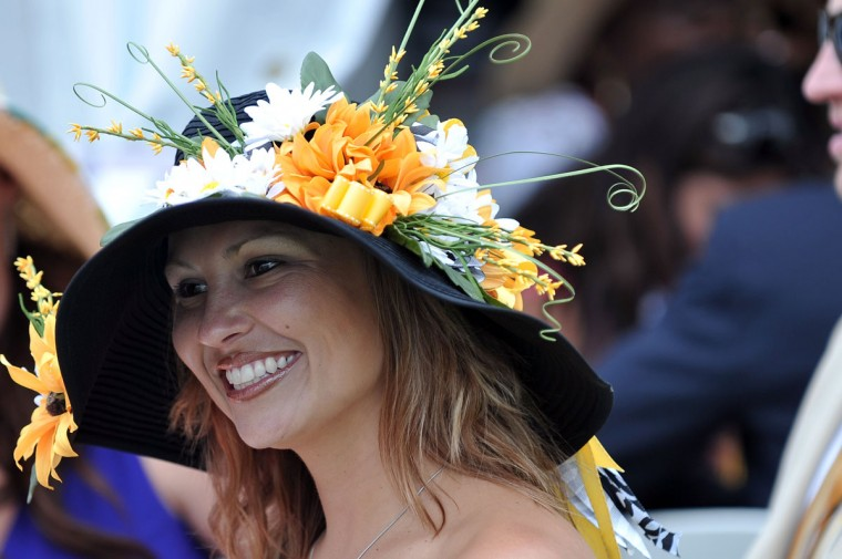 Michelle Sweeney, 33, Baltimore, wears a homemade hat to 2009 Preakness. She went with the ever-popular Preakness palette. (Kim Hairston/Baltimore Sun)