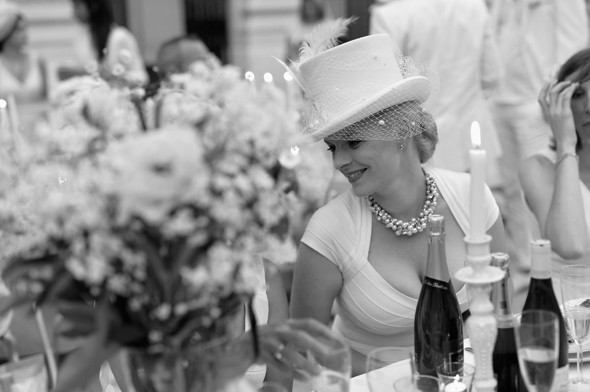 "27th annual ""Diner En Blanc"" in Paris"