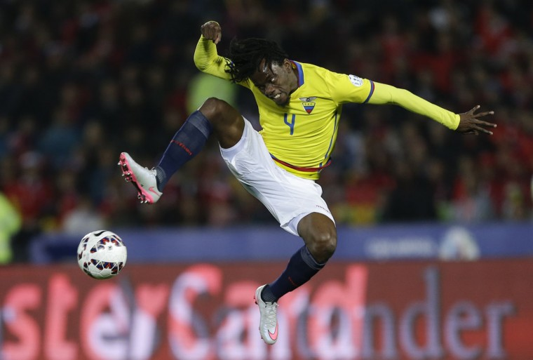 Ecuador's Juan Carlos Paredes kicks the ball during a Copa America Group 1 soccer match against Chile at the National Stadium in Santiago, Chile, Thursday, June 11, 2015.(AP Photo/Ricardo Mazalan)