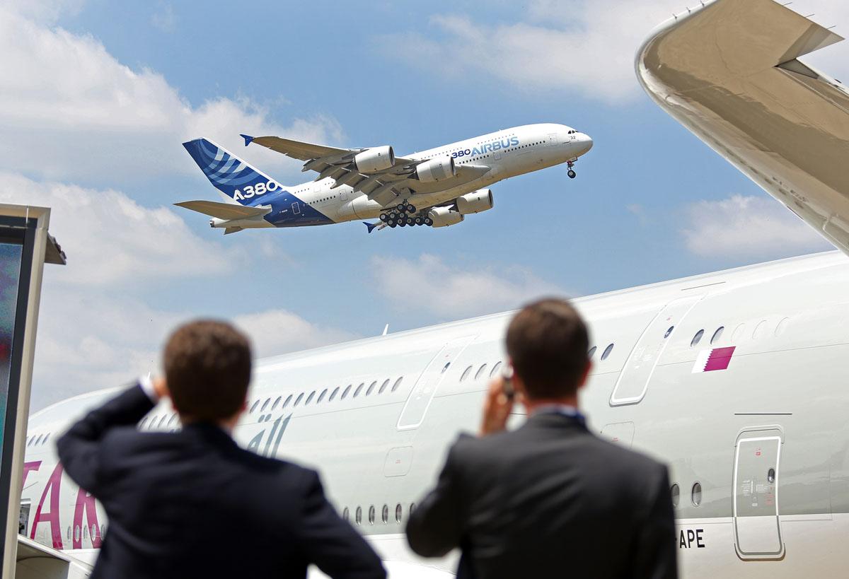 2015 paris air show at le bourget airport for Bourget paris