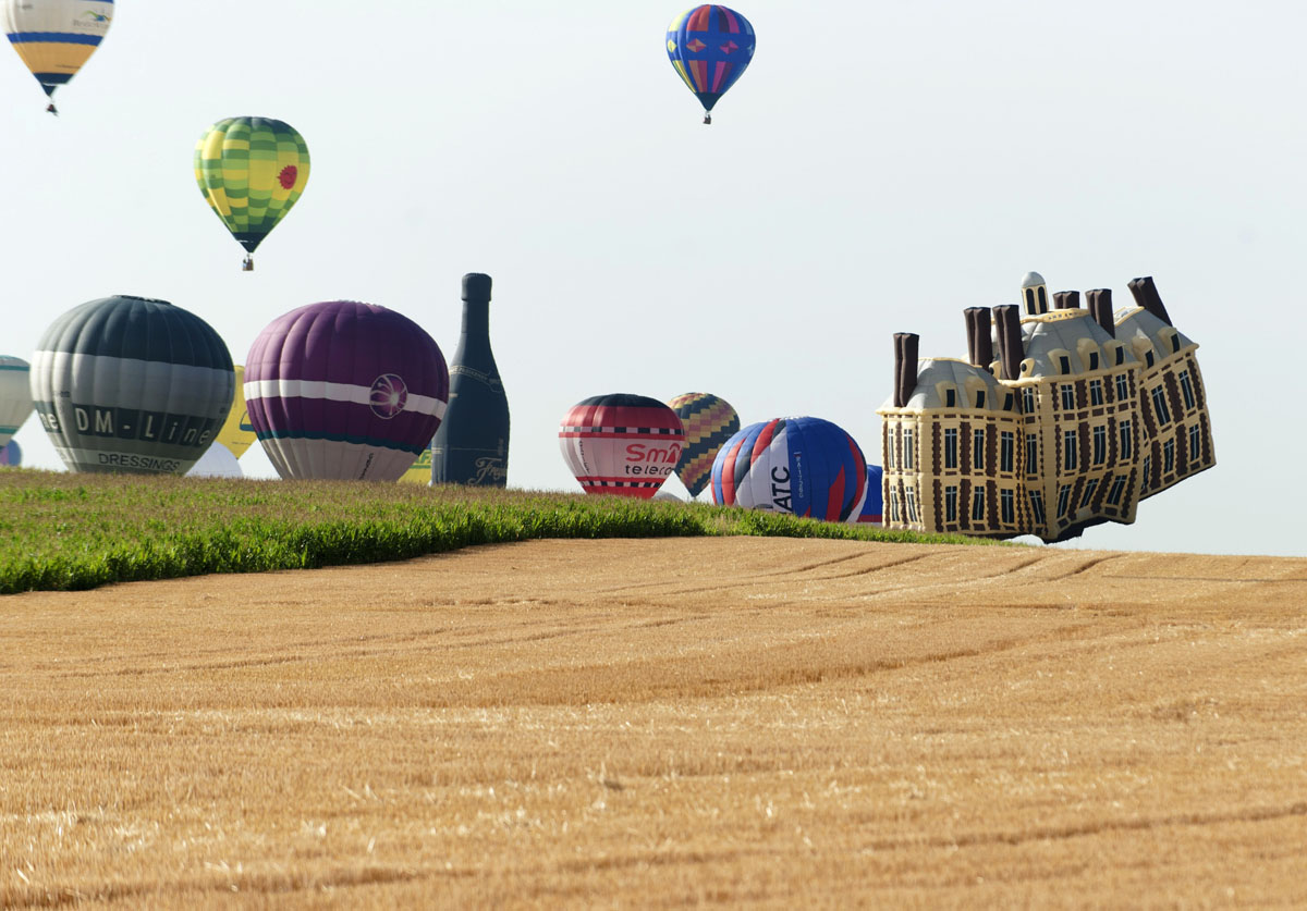 International air-balloon meeting in France
