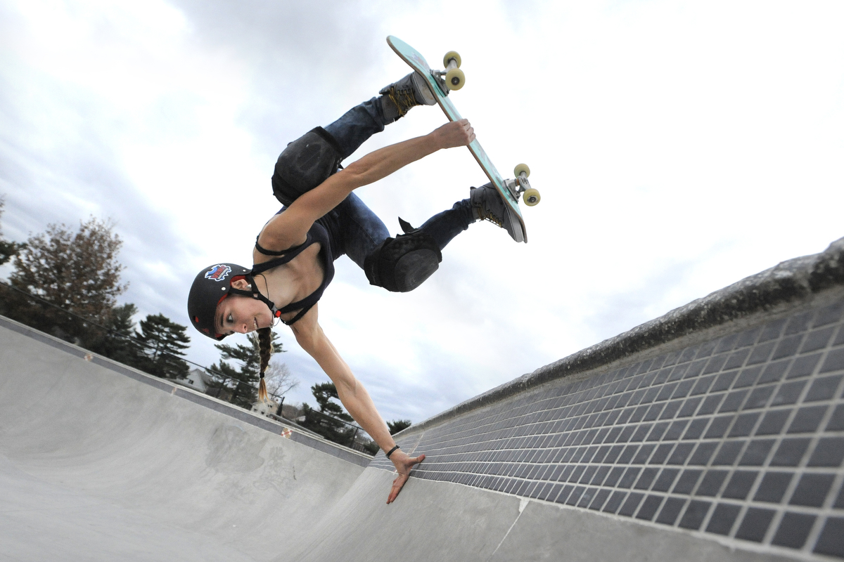 BS md-p5-darkroom-skate-par.jpg