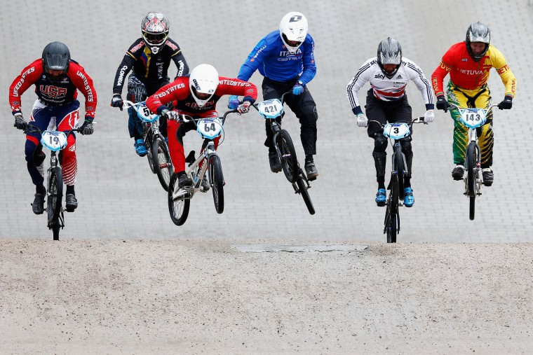 Justin Posey of USA, Sergio Ignacio Salazar Lopez of Colombia, Nicholas Long of USA, Romain Riccardi of Italy, Tre Whyte of Great Britain and Arminas Kazlauskis of Lithuania compete in the Mens Elite Qualifying motos during day 5 of the UCI BMX World Championships at on July 25, 2015 in Zolder, Belgium. (Dean Mouhtaropoulos/Getty Images)