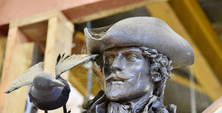 """On display, but not for sale, is a statue of Cecil Calvert, Second Lord of Baltimore, which was used in filming of the HBO TV series """"The Wire."""" (Kim Hairston/Baltimore Sun)"""