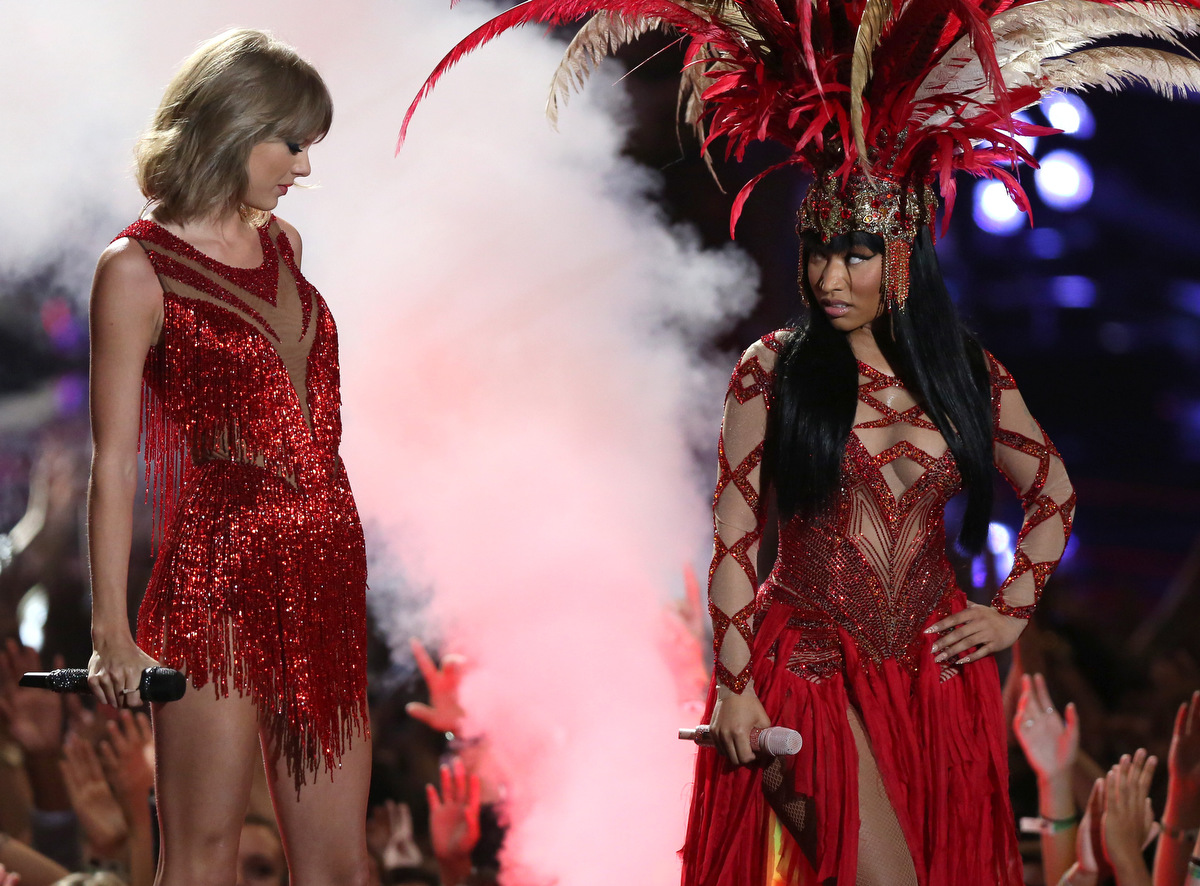 Costumes steal the show at the VMAs