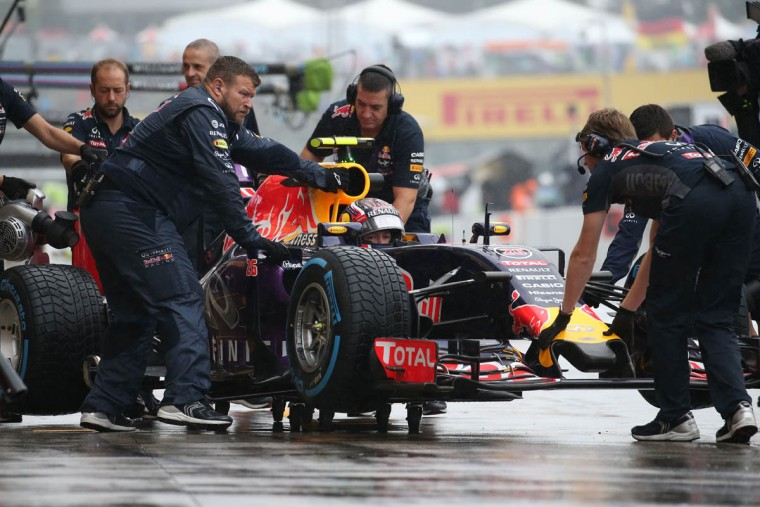 Red Bull driver Daniil Kvyat of Russia takes part in the first practice session at the Formula One Japanese Grand Prix in Suzuka on September 25, 2015. (Yuriko Nakao/Getty Images)
