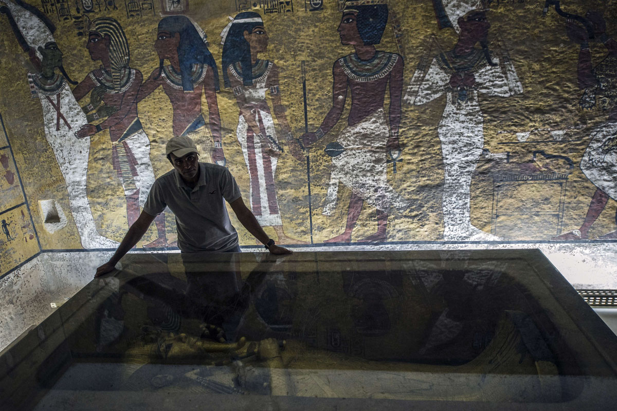 an introduction to the king tuts resting place by egyptologists An archaeologist says he has discovered the legendary monarch's burial chamber hidden inside king tut's the final resting place egyptologists.