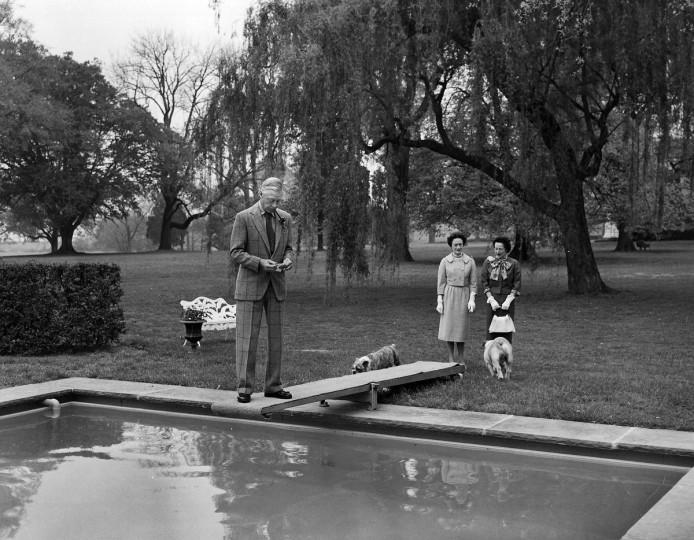 1959 - The Duke and Duchess of Windsor visit Maryland. (A. Aubrey Bodine/Baltimore Sun)