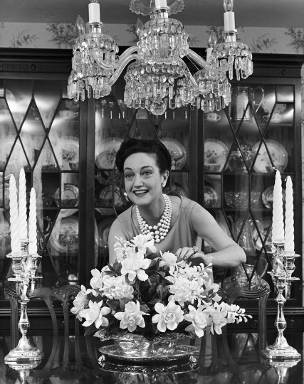 1963 - Dorothy Lamour at her home in Parkton, MD. (A. Aubrey Bodine/Baltimore Sun)