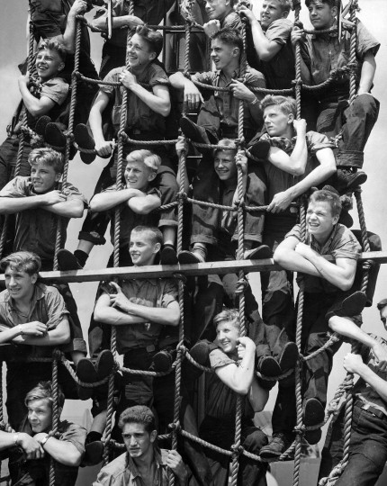 1944 - Training of Merchant Seamen. (A. Aubrey Bodine/Baltimore Sun)