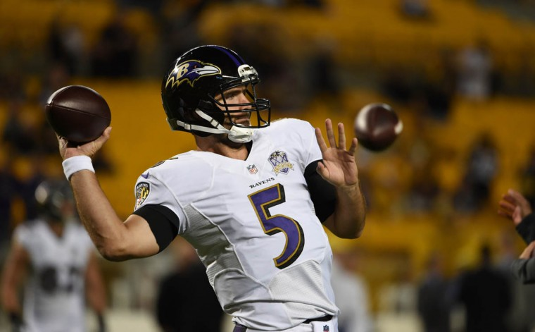 Ravens' Joe Flacco warms up prior to the Ravens game against the Steelers at Heinz Field in Pittsburgh. (Kenneth K. Lam/Baltimore Sun)